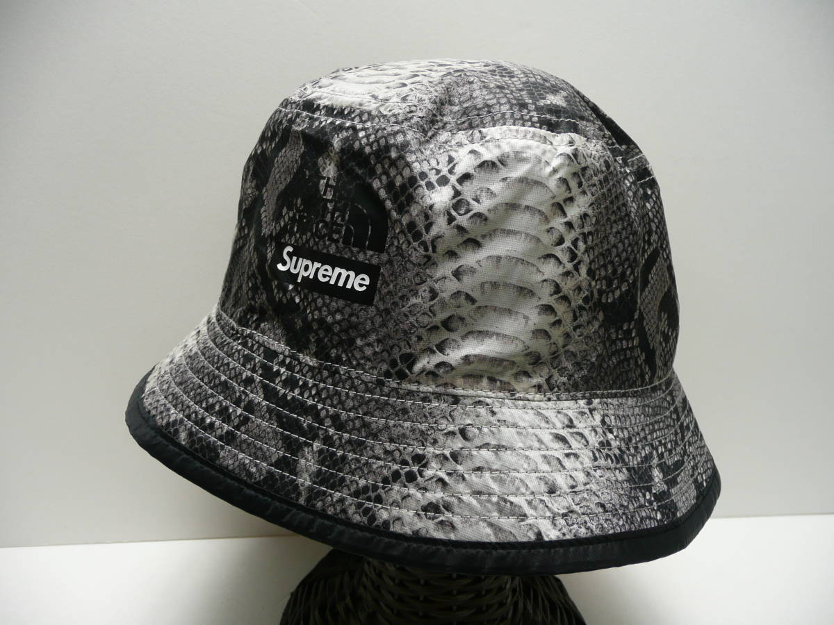 72YA☆ タグ付 SUPREME×THE NORTH FACE シュプリーム ノースフェイス Snakeskin Packable 7791619a3d71