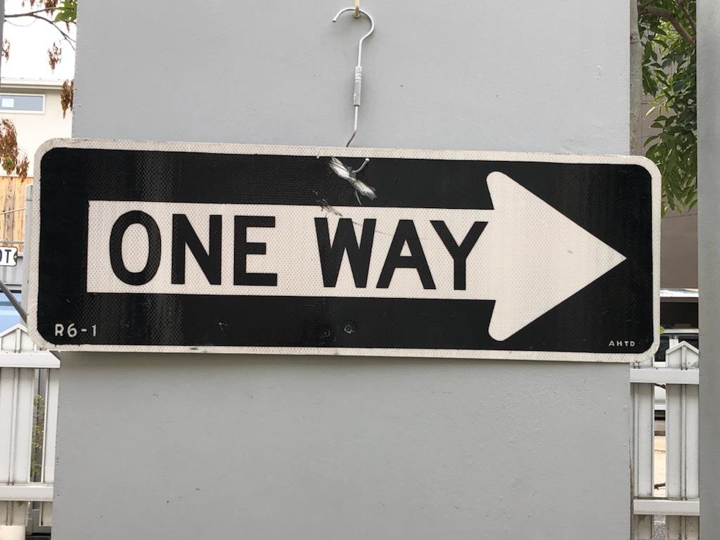 標識 一方 通行