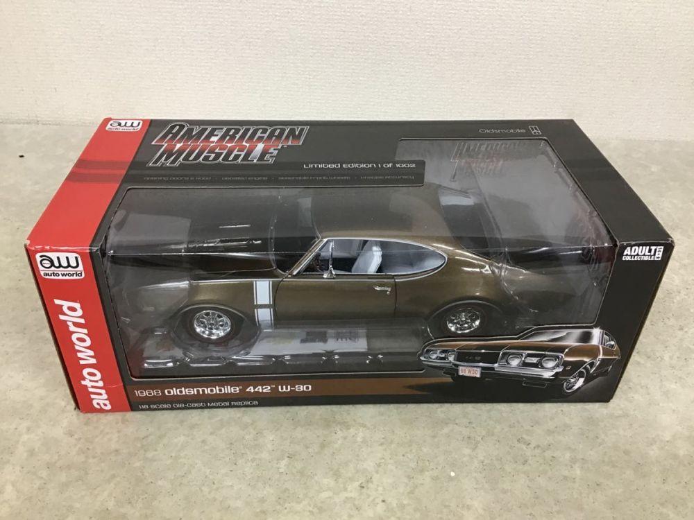 未開封 auto world AMERICAN MUSCLE 1/18 1968 oldsmobile 442 w