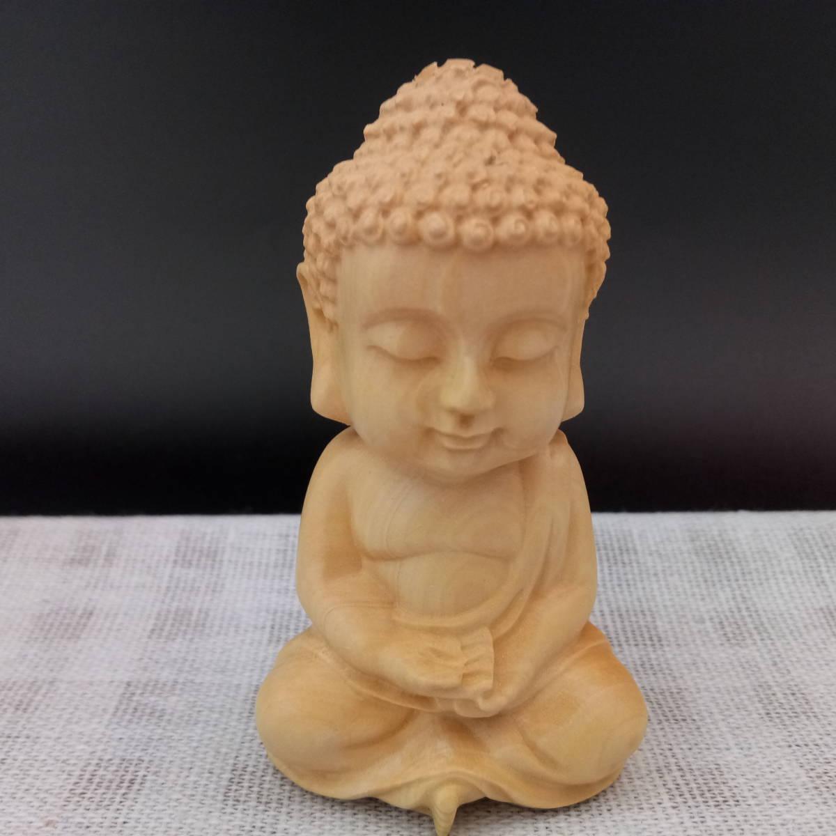 柘植材 天然木彫り 仏像 釈迦如来 「 手のひらに乗る 小さな お釈迦様 」の1番目の画像