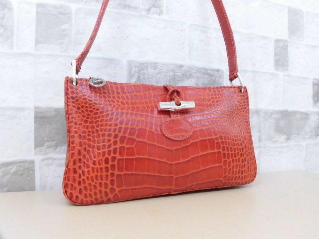 6bdbf3a0672f 極美品□ロンシャン LONGCHAMP□ショルダー バッグ 型押しレザー オレンジ系 素敵鞄