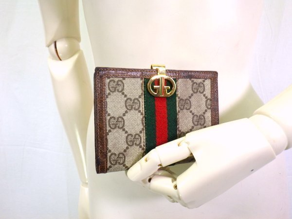 c0a819fee11a ... 1円~ オールド グッチ ヴィンテージ シェリーライン 二つ折り 財布 ダブルG ロゴ 柄 PVC ...