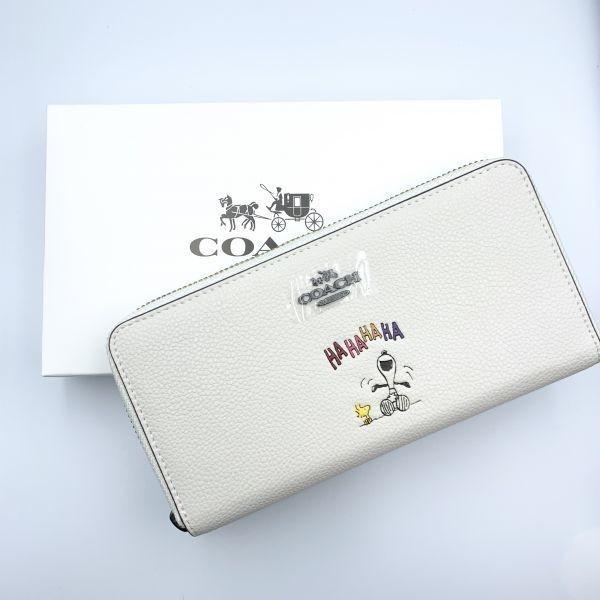 d62106b5c9d6 COACH コーチ 長財布 スヌーピーコラボ HAHAHA 笑いデザイン 可愛い ラウンドジップファスナー 16122 白 ホワイト