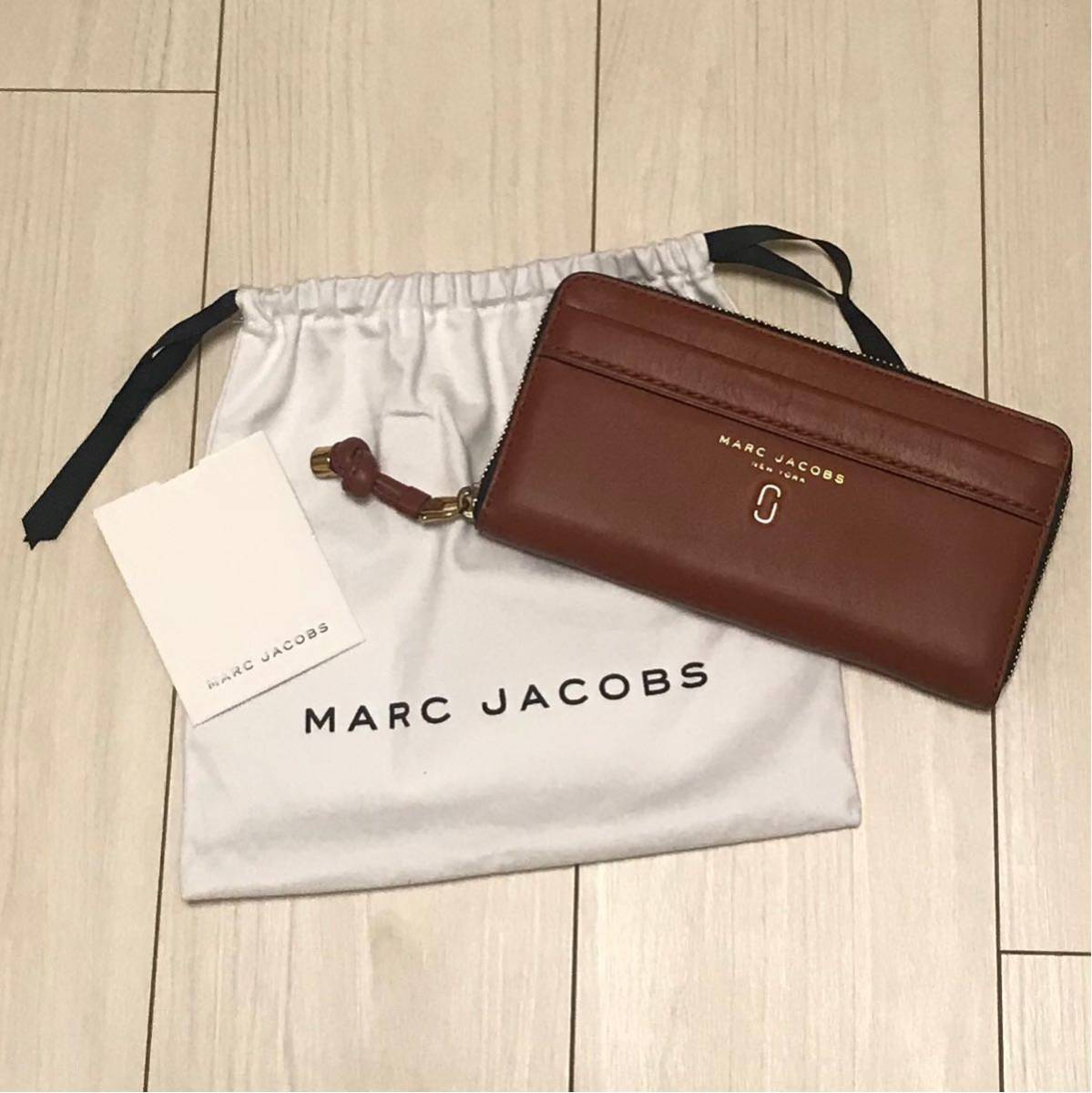 a634d4f7e927 未使用品 MARC JACOBS ラウンドファスナー 長財布 Tied Up Standard Continental Wallet タイドアップ