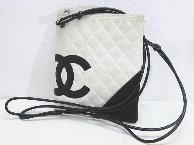 032ca26eb106 シャネル CHANEL カンボンライン ショルダーバッグ キルティング ココマーク ポシェット 白 レザー 革 イタリア製の1番目