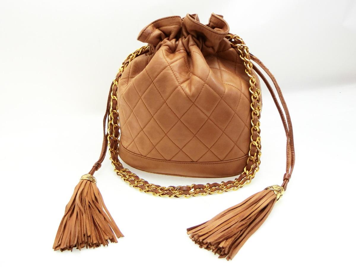 3377061ae703 ◇AB7415 CHANEL シャネル レザー 巾着 マトラッセ フリンジ チェーン ショルダー バッグの1番目の画像