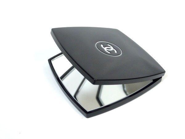76dd27759770 美品 CHANEL ミロワール ドゥーブル ファセット ダブル コンパクト ミラー ブラック シャネルの1番目の