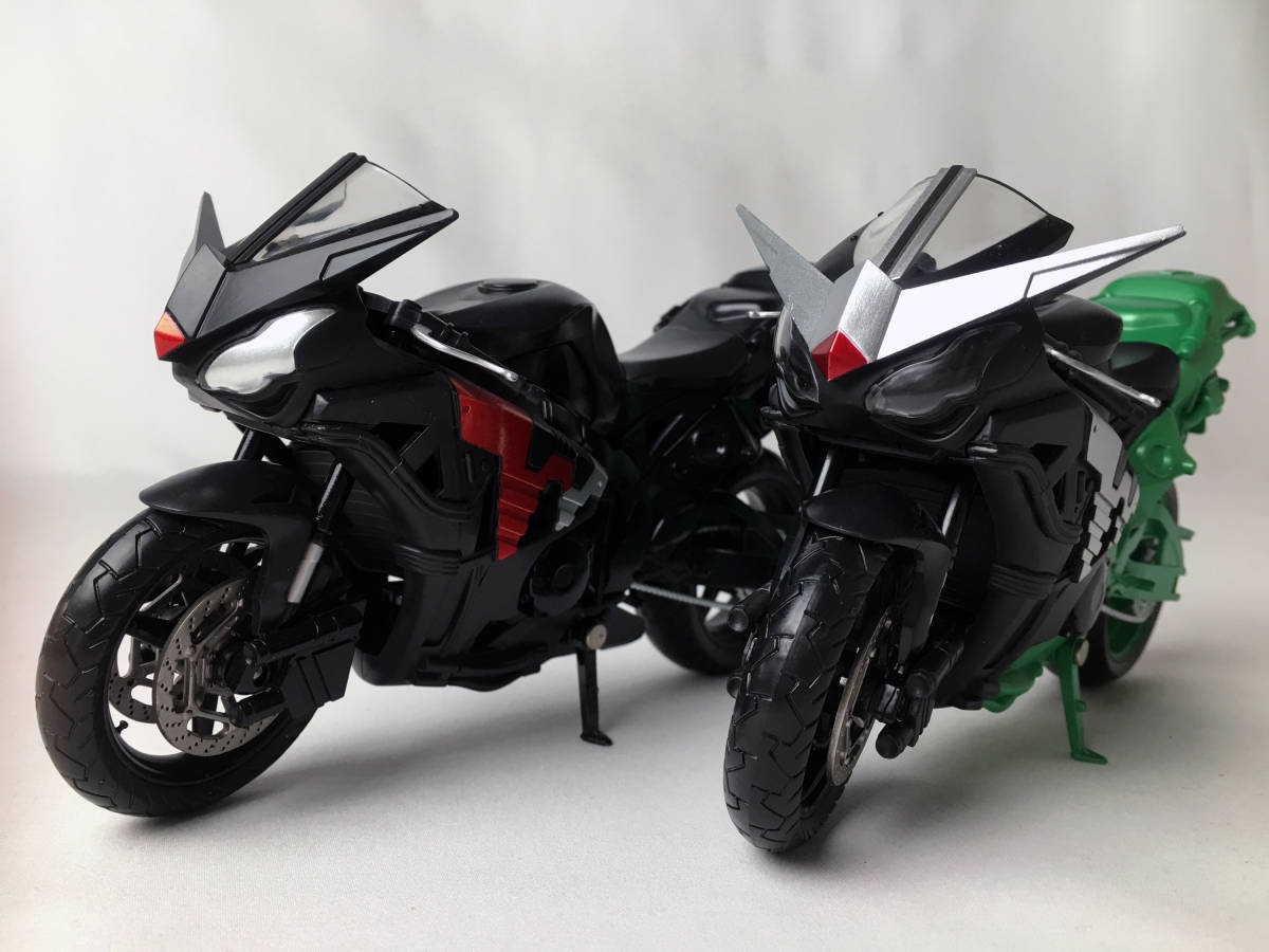 ライダー バイク 仮面 ダブル