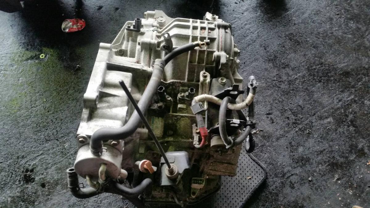 CVT ヴォクシー ミッション AZR60G 30400-28011 送料無料 リビルト