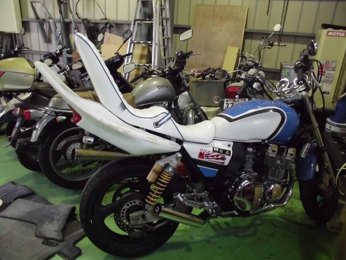 xjr400 三 段 シート
