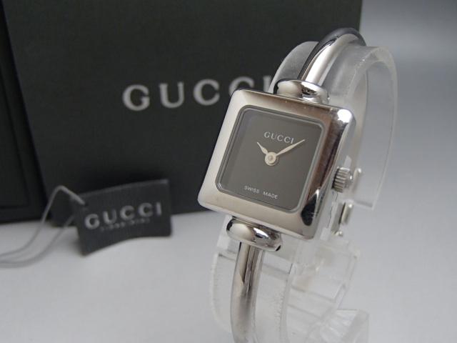 fc3dd3111d グッチ 腕時計 1900L 黒文字盤 バングルウォッチ クォーツ 動作品 レディース時計 GUCCI カード・箱